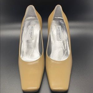 Bruno Magli Shoes Heel Tan Size 4.5
